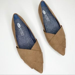Dr. Scholl's Brown Be Free Flats